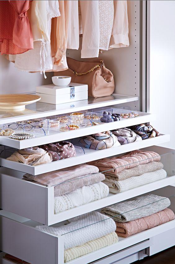 spazio ai cassetti. Image credit: IKEA