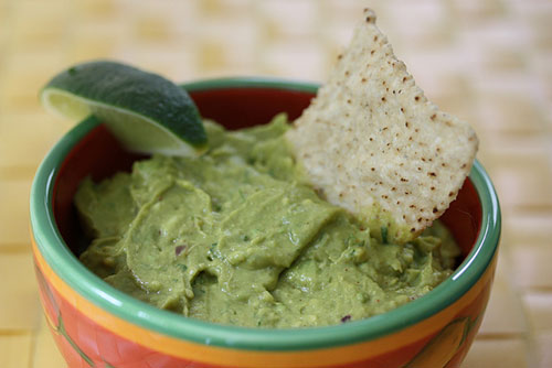 Foto del guacamole di Meal Makeover Moms che ha saputo cogliere l'attimo e condivide su Flickr CC